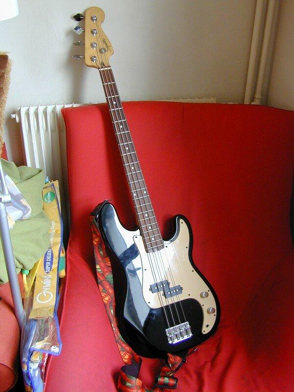 Ma belle basse... Squier Fender Précision