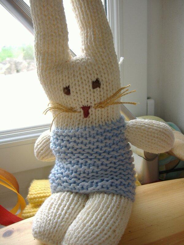 tricoter un lapin doudou