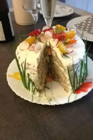 SANDWICH CAKE SAUMON ET CONCOMBRE en coupe130616 (1)