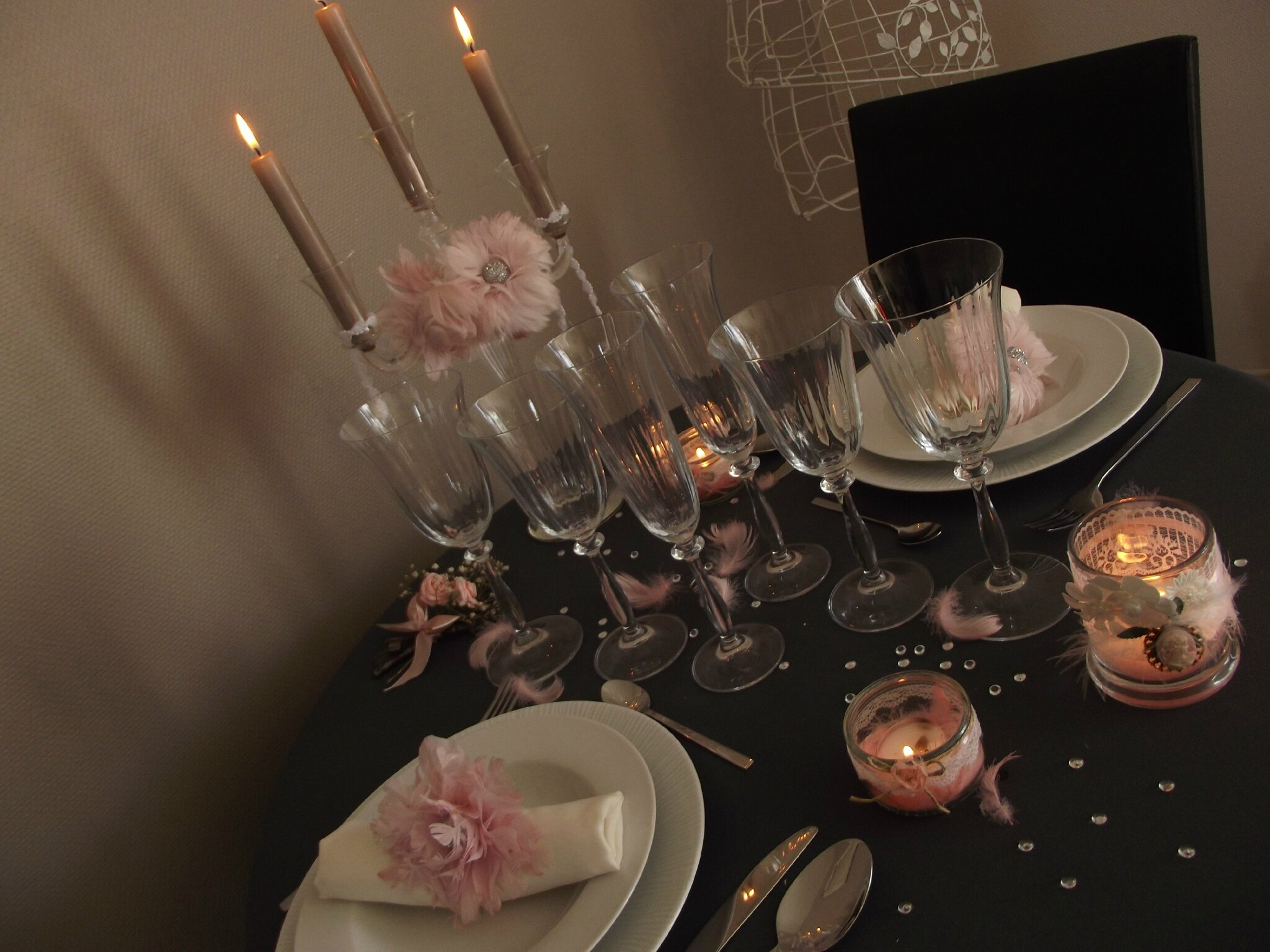 d coration table pour diner romantique. Black Bedroom Furniture Sets. Home Design Ideas