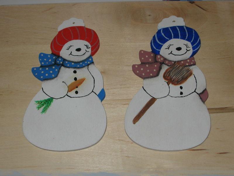 Duo de bonhommes de neige peinture sur bois - Bonhomme de neige en bois ...