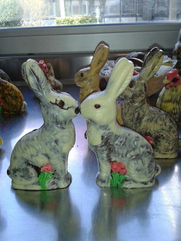 Joyeuses pâques, Lapin au chocolat ( chocolat de pâques du chef Custos)