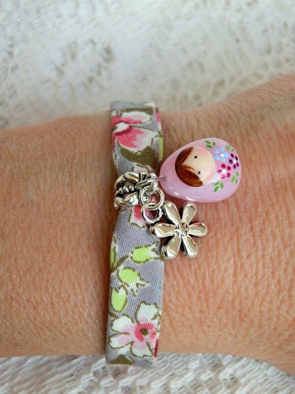 Sautoir fuchsia et bracelet rose 006