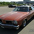 Oldsmobile cutlass salon colonnade 4door sedan-1975