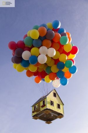 flying-house-inspired-by-up-movie-11-thumb