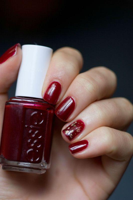 essie bordeaux ou le rouge automne par excellence cosm to co. Black Bedroom Furniture Sets. Home Design Ideas