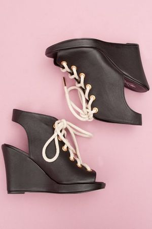 pop_13683_W11_Lace_Up_Rope_Wedge_3