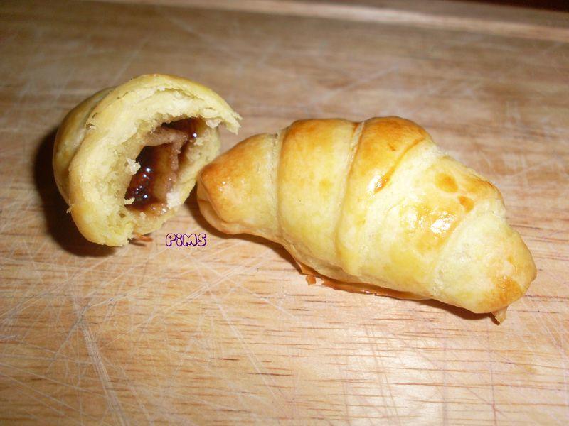 mini croissant express au nutella la cuisine de pim 39 s. Black Bedroom Furniture Sets. Home Design Ideas