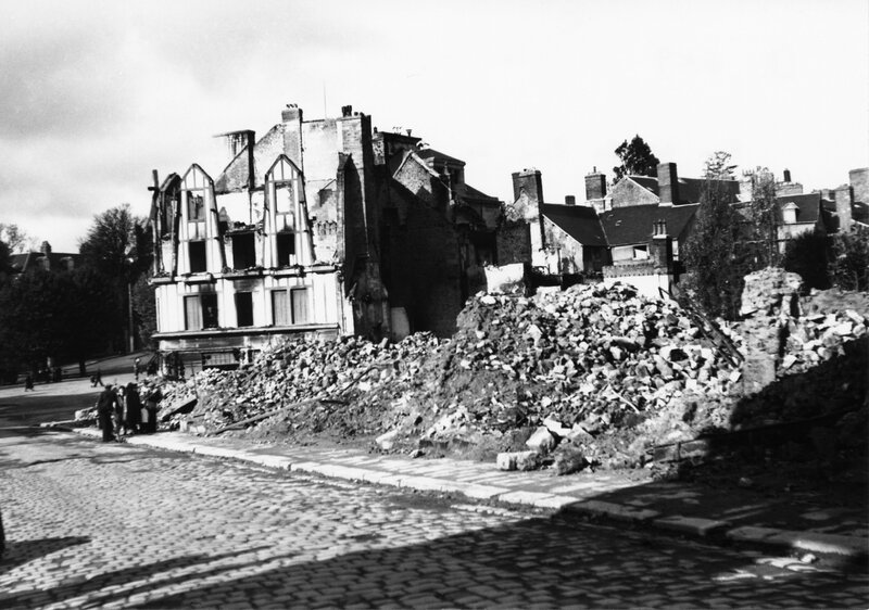 Avranches juillet 1944 WWII guerre bombardement ruine