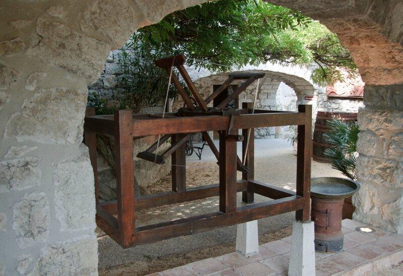 02-Saint Alban Auriolles Maison Familiale Alphonse Daudet-006