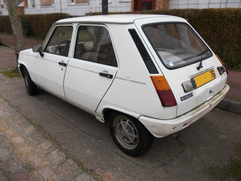 Renault5LaureateTLar1
