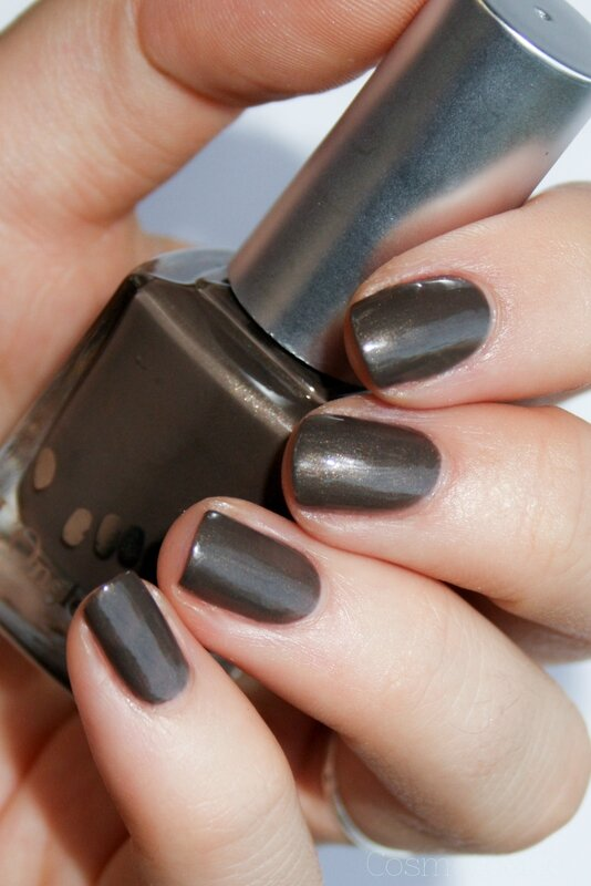 L'onglerie Fana Enchanted Polish Hot Chocolate-2