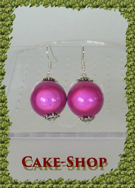 boucles d'oreilles perles fuschia 20mm1