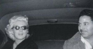 Marilyn_with_Sam_Shaw_pic_010_020