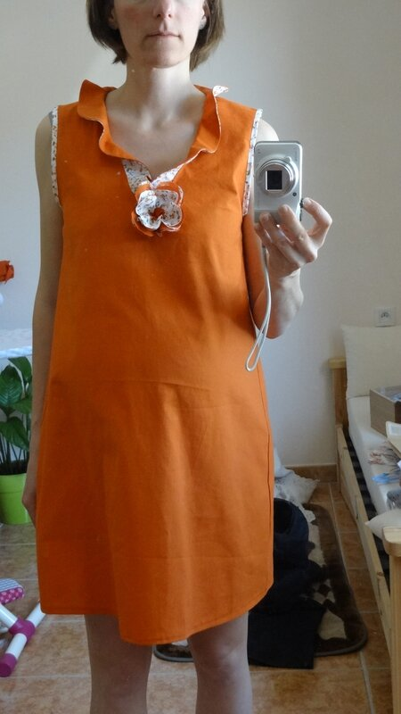 robe_orange_volants_grossesse_2