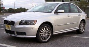 volvo_s40_review_lft_3