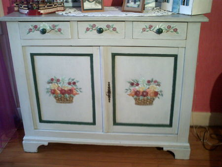 Meuble peint buffet l 39 atelier d 39 ehaa - Petit meuble a peindre ...