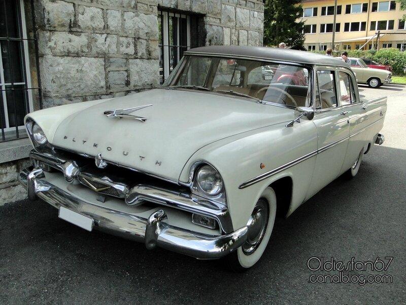 plymouth-savoy-sedan-1956-01