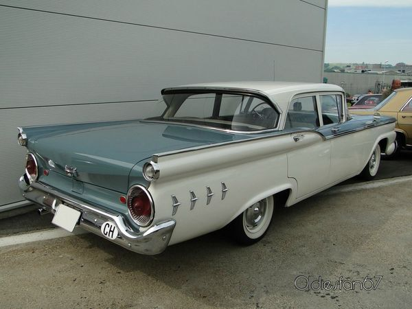 ford custom 300 4door sedan 1959 b
