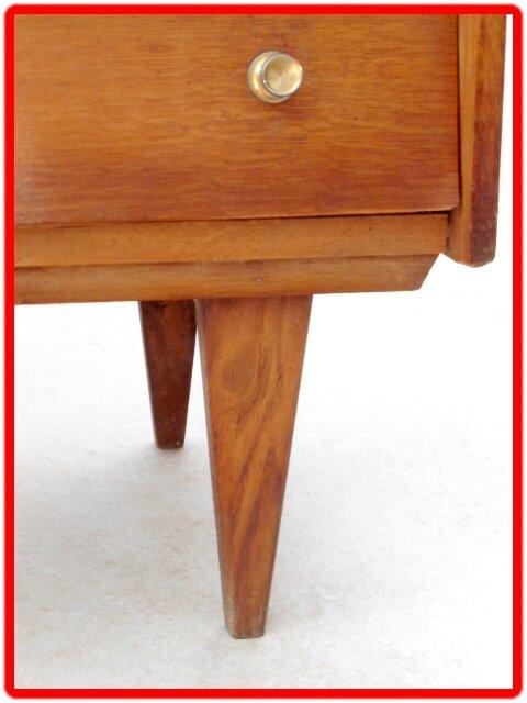 commode vintage pieds fuseles couleur miel vendu meubles et d coration vintage design scandinave. Black Bedroom Furniture Sets. Home Design Ideas