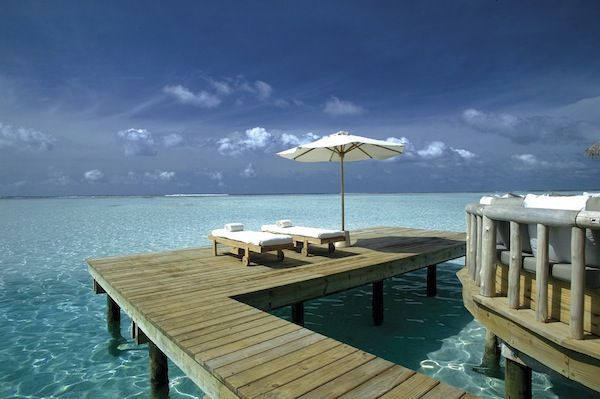 Sunlounges_on_Centre_Jetty_H