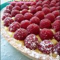 Tarte  la framboise et crme citron