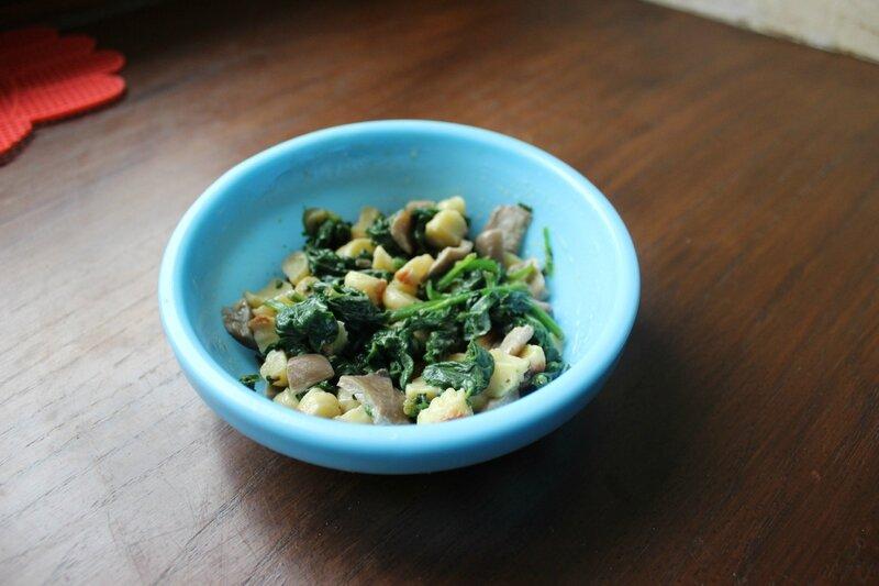 Petit pot épinard gnocchis pleurotes