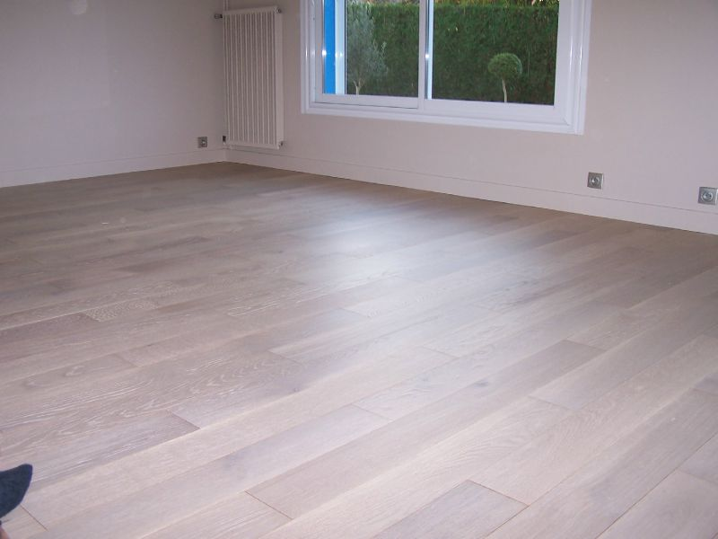 Parquet Contre Colle Ch Ne Blanchi Photo De 4 Style Concept Agencement