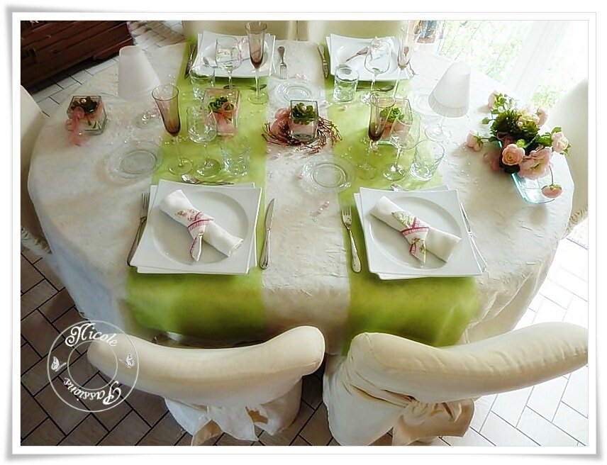 "Table ""Sylviane et succulentes"""