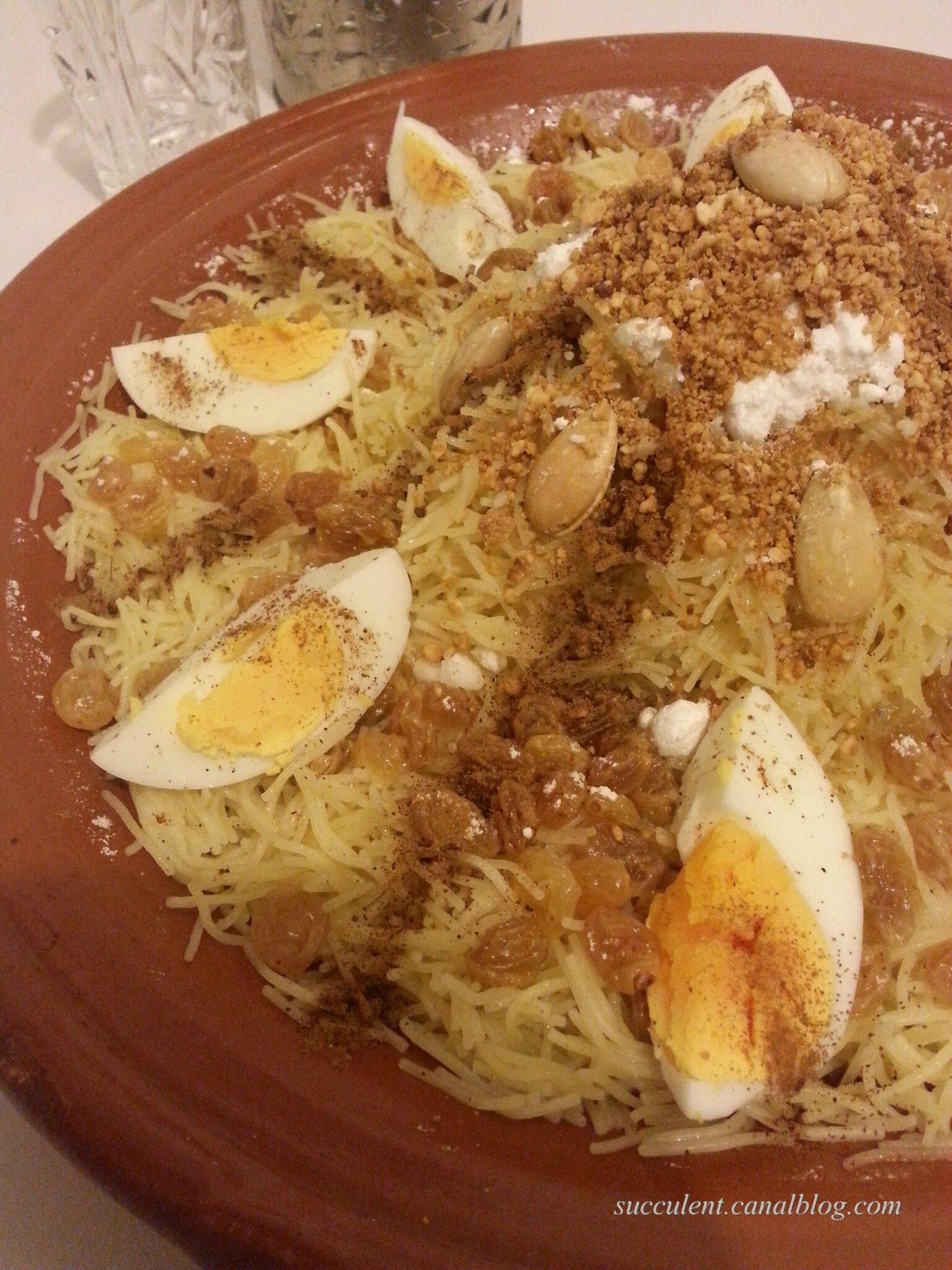 Seffa (cheveux d'ange à la vapeur)plat sucré salé marocain