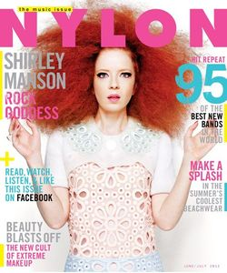 mag_nylon_shirleynylonmag2