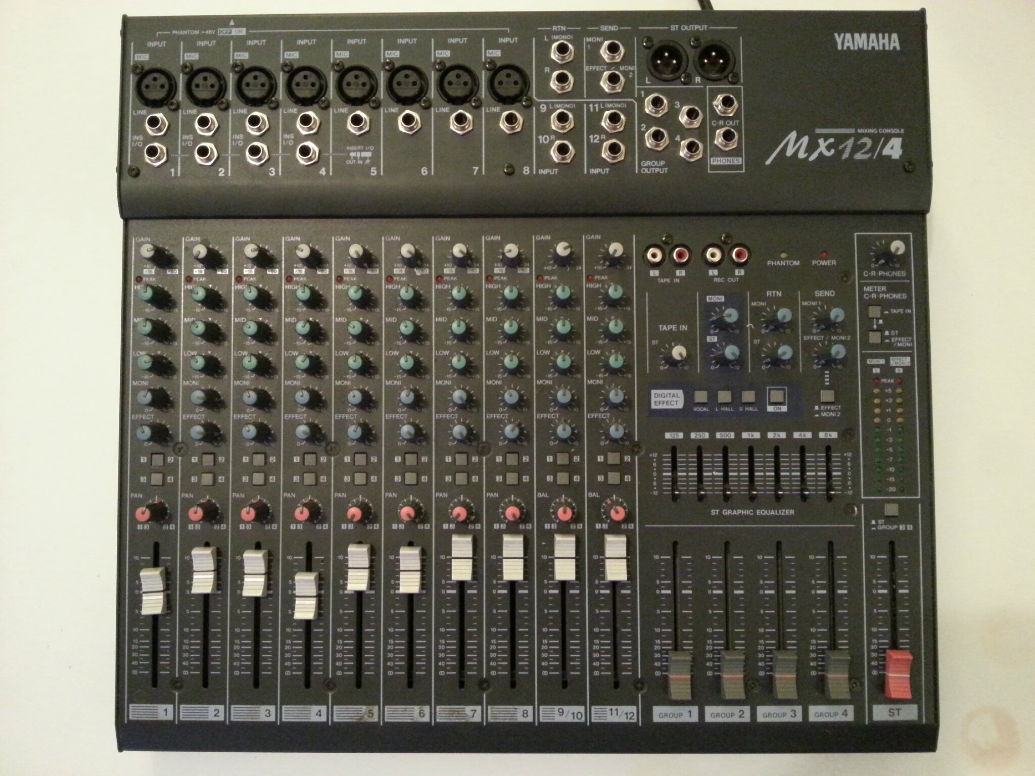 Table de mixage yamaha mx 12 4 fly gator drico - Vetrocamera 4 12 4 ...