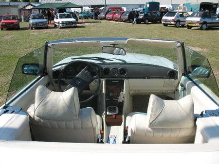 Mercedes380SLInt