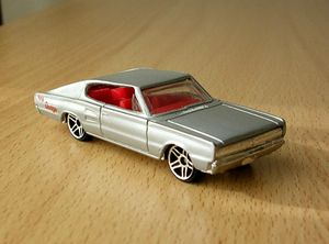 Dodge charger 1967 -Hotwheels- 01