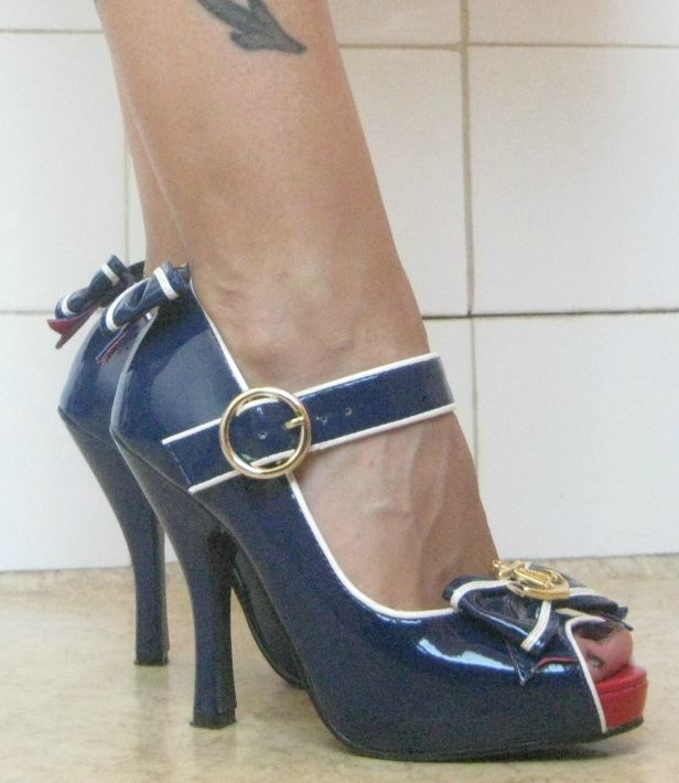 Pin Up En Bleu Marine Blanc Dita 39 S Right To Shoes