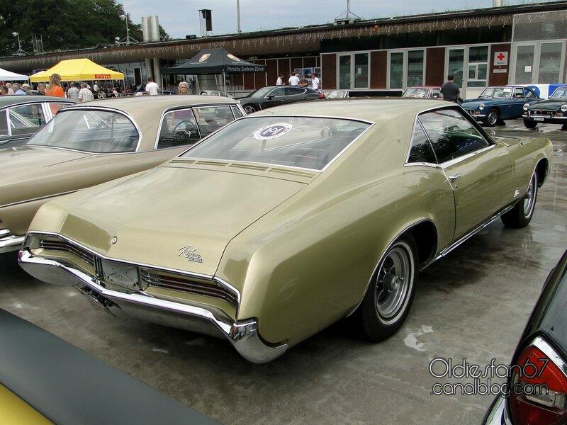 buick-riviera-1967-04