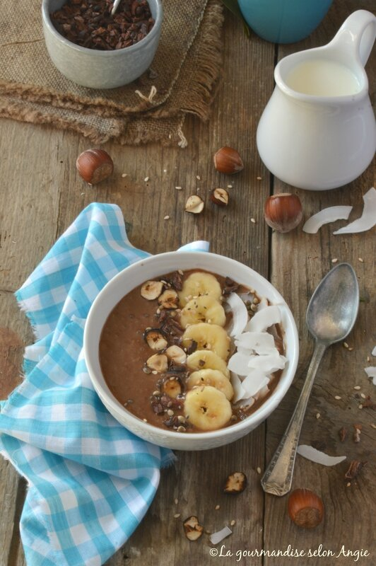 smoothie bowl chocolat - banane 3