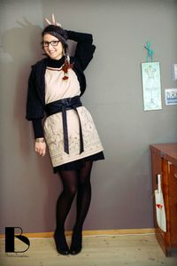 #01-Robe-indienne,-gilet-tricot