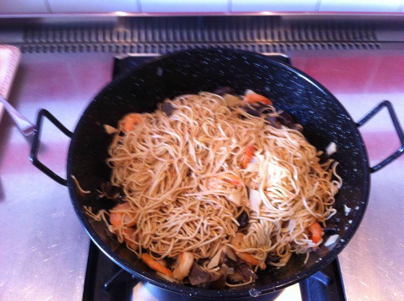 Nouilles chinoises aux crevettes sans thermomix dans ma - Cuisiner avec thermomix ...