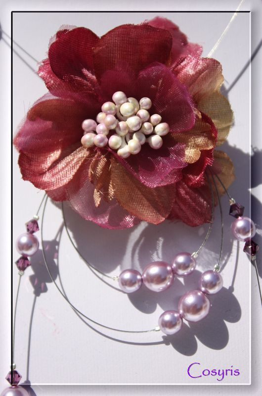 31-collier fleur mauve -détail