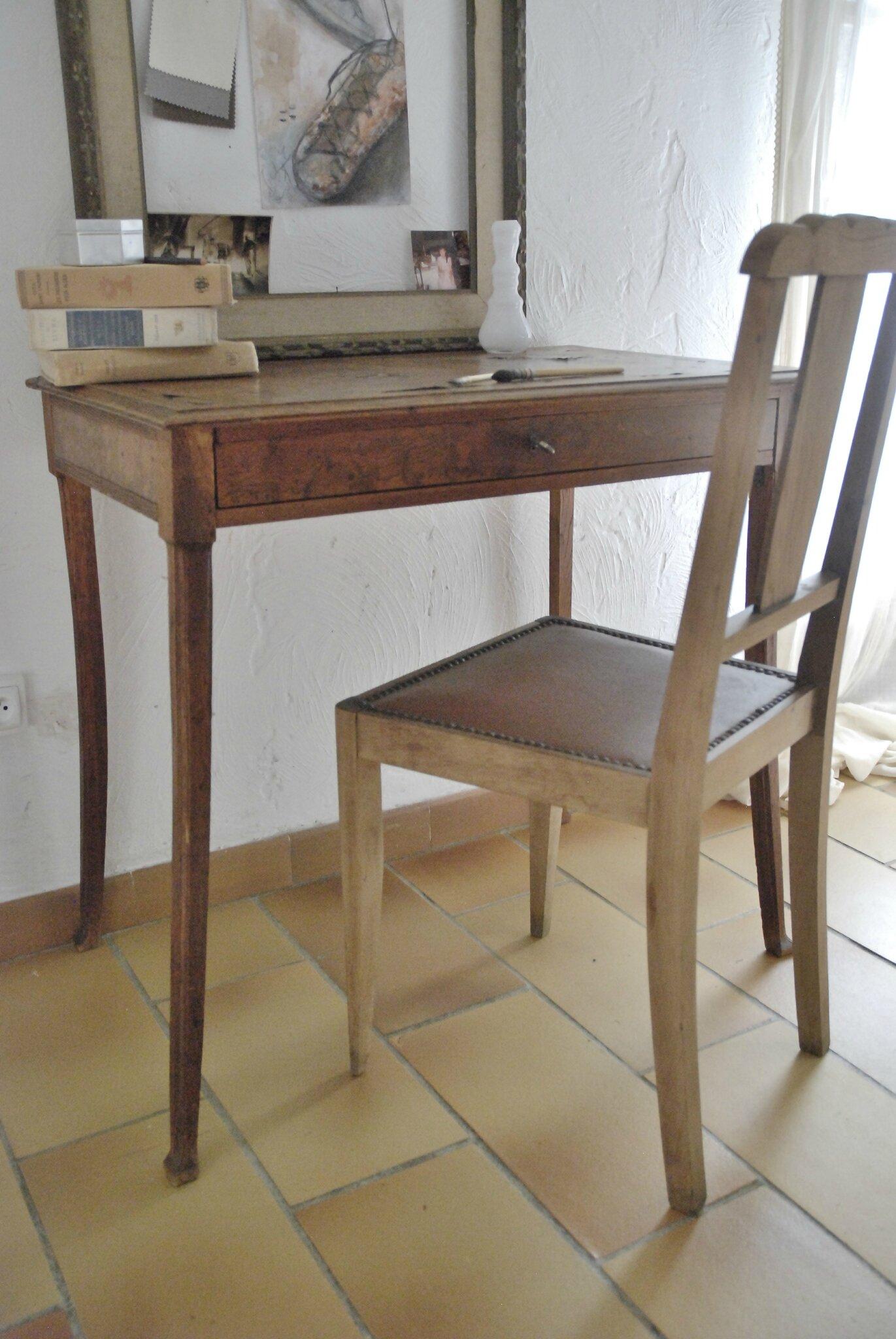petit bureau atelier vintage. Black Bedroom Furniture Sets. Home Design Ideas