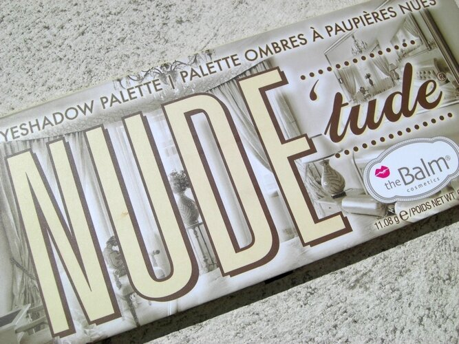 Nude'tude the balm palette princesse affreuse swatches (8)