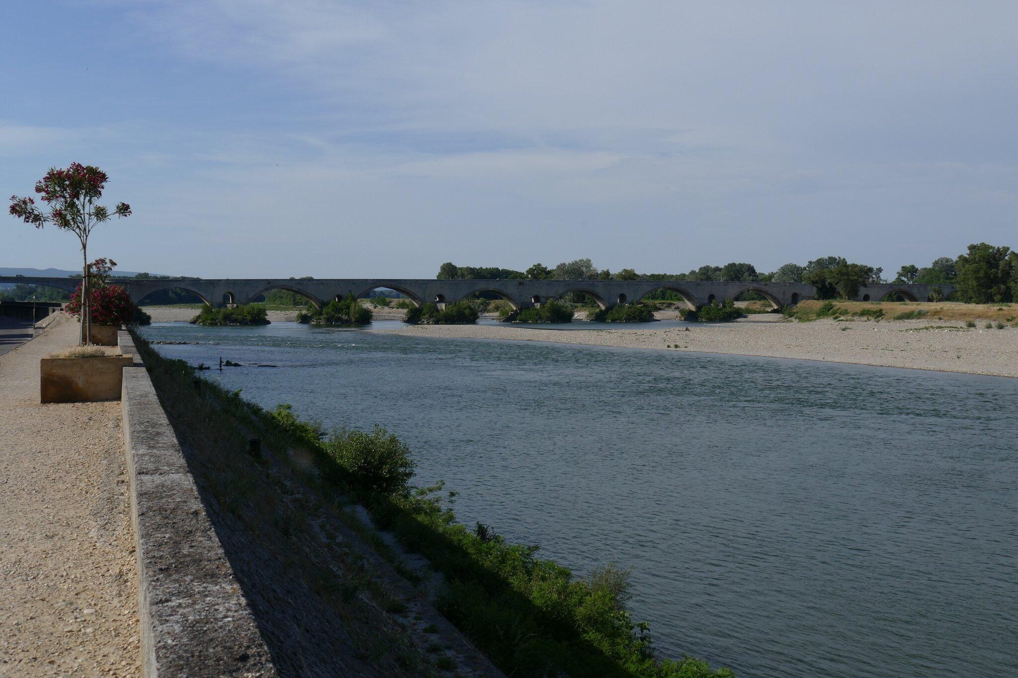 Pont saint esprit la travers e du massif central en randonn e - Office du tourisme pont saint esprit ...