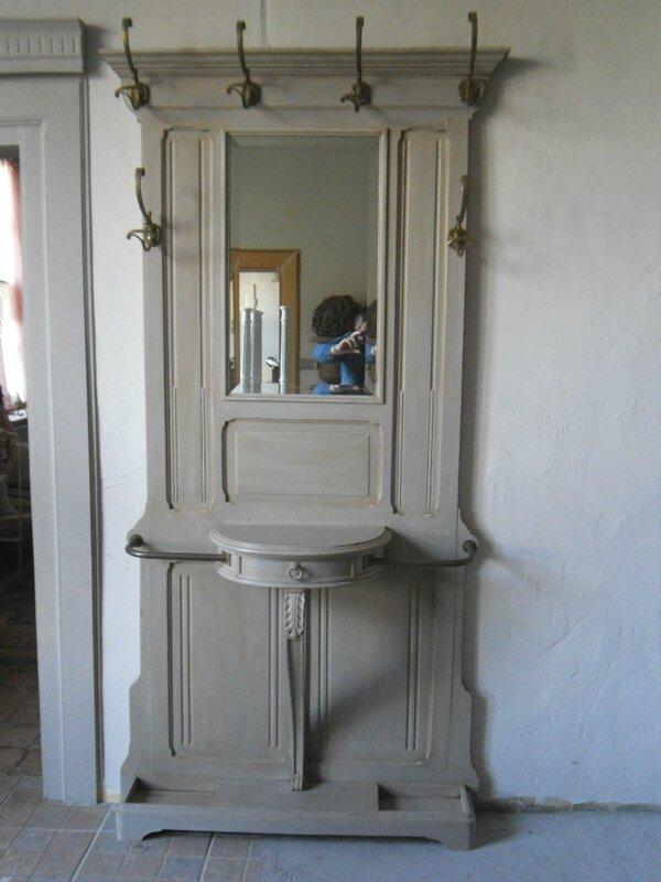 Vestiaire porte manteaux de style louis xvi peint et for Porte manteau vestiaire