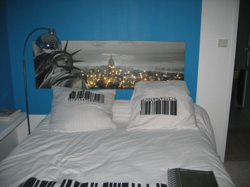 pin chambre urbaine style new york forum on pinterest. Black Bedroom Furniture Sets. Home Design Ideas