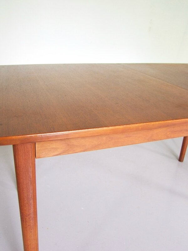 Table scandinave Nils Jonsson