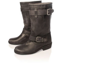 0566700109_2_kg_serena_black_boots_three_quarter