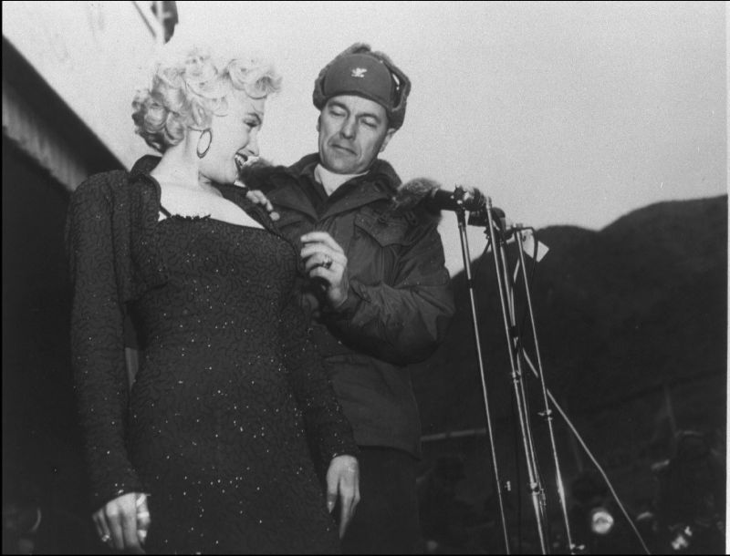 1954-02-17-korea-grenadier_palace-stage-160th_infantry_regiment-with_col_johnEkelly-by_walt_durrell-2a