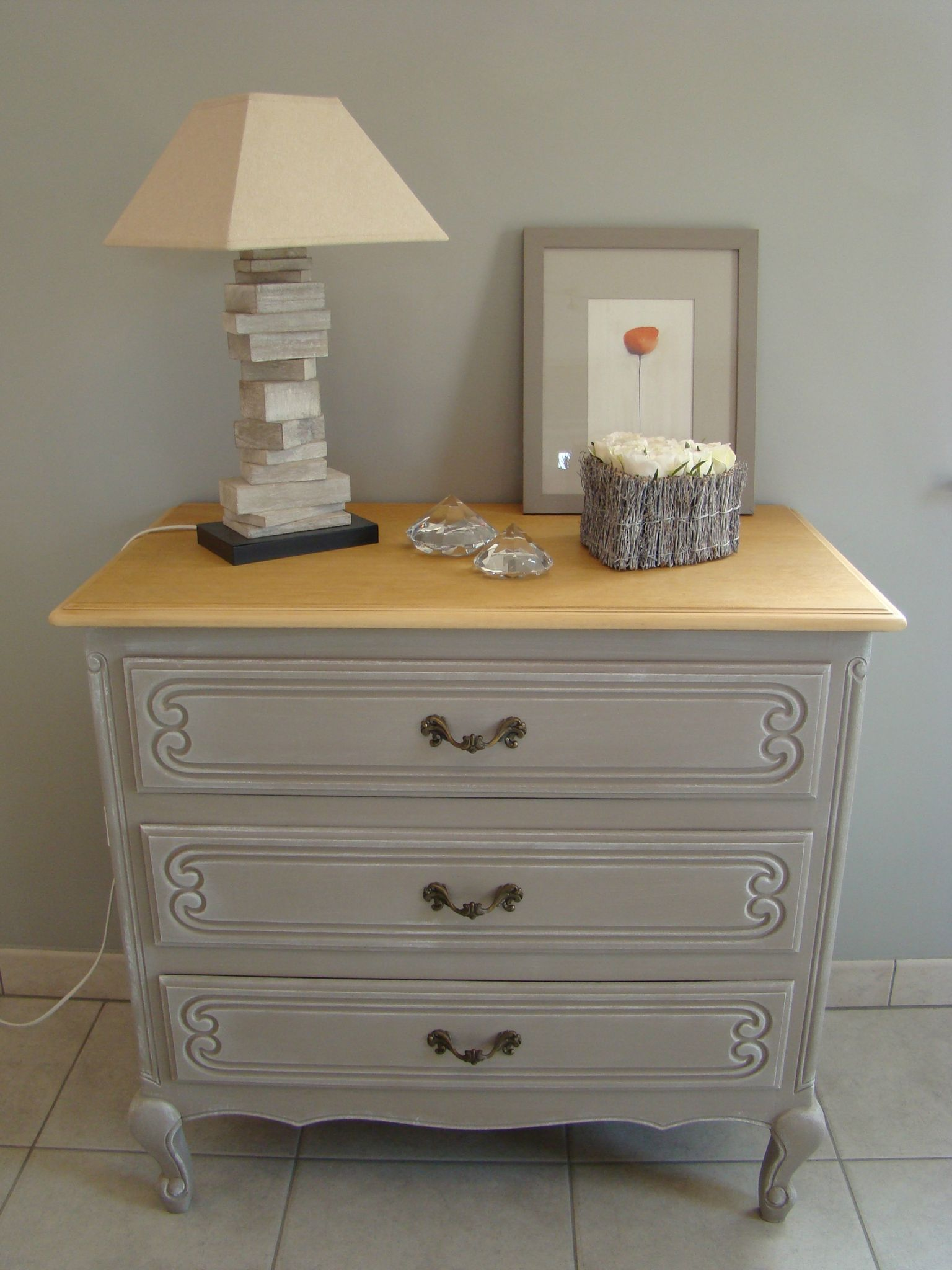 Commode 3 tiroirs photo de relooking relooking meubles - Commode couleur taupe ...