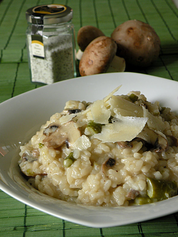 risotto aux champignons et asperges truff s ce soir on fait chez moi. Black Bedroom Furniture Sets. Home Design Ideas